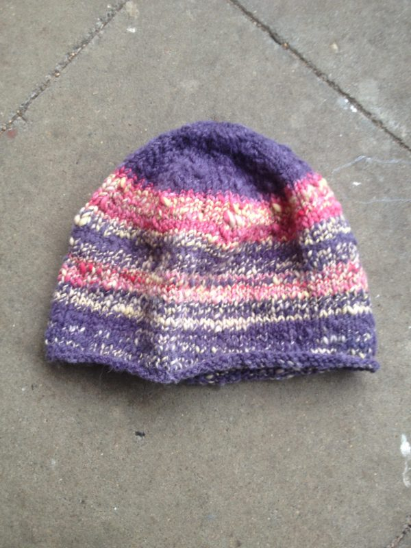 Mütze aus handgesponnenen Merino und Schafwolle