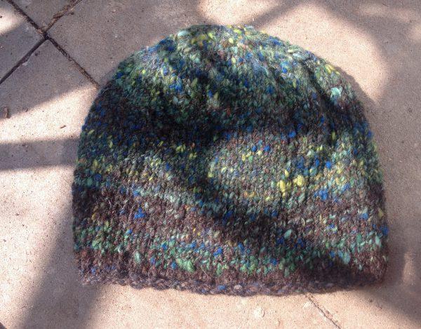 Mütze aus handgesponnenen Schafwolle